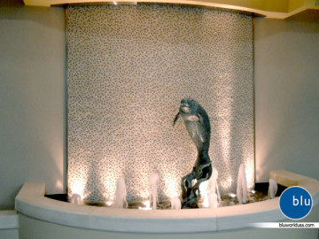 Custom indoor sculpture water feature by Bluworld